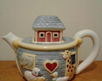 Vintage Noah's Ark Ceramic Tea Pot_Made in Thailand
