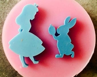 Mold ' alice and the White Rabbit '