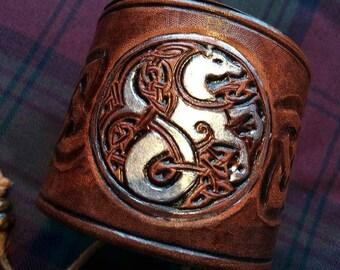 Kelpie leather wrist cuff