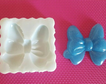 Flexible silicone mold shiny flakes (various sizes)