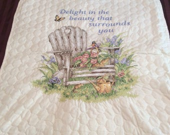 """Wall Hanging/Lap Quilt  """"Delight in the Beauty Around You"""""""