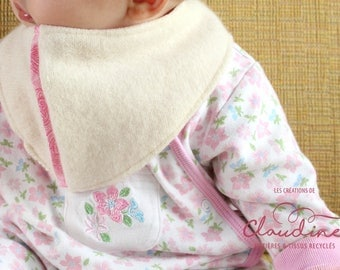 Bandana bib made of wool and cotton for babies 6 to 12 months
