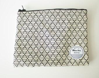 Pochette - clutch bag - Jacquard fabric (triangle)