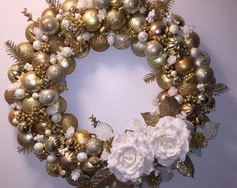 Gold Dust, ornament wreath