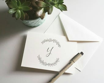 Monogram Stationery - Blank Stationery - Personalized Stationery - Handwritten Stationery - Simple Stationery - Wreath Stationery