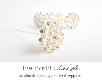 Brooch bouquet, broach bouquet, bouquet charm, wedding bouquet brooch, bridal bouquet, broach bouquet, bouquet jewel, wedding keepsake,