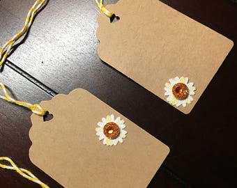 Daisy Favor tags, daisy gift tags, flower gift tags, Daisies Daisy Party Theme - 12 per order