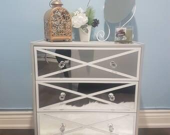 Light Grey Mirrored Dresser Solid Wood