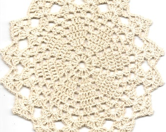 Crochet Doily Small Crocheted Doilies Home Decor Cream Handmade Tablecloth Wedding Table Decoration Modern Home Interior Round Vintage Style