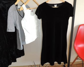 FREE SHIPPING - Vintage Black mini Velvet short sleeve dress/ tunic, size XL (14/16)