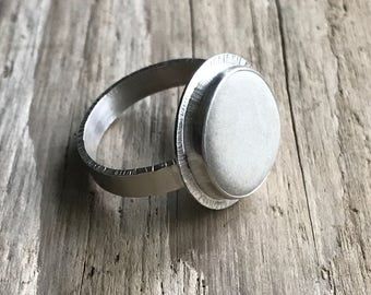 White beach stone ring