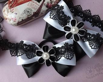 Black and white kanzashi bows