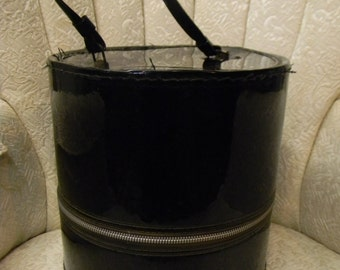 50s 60s Wig Case or Hat Box - Black Vinyl Carrying Case, Zippered, Retro