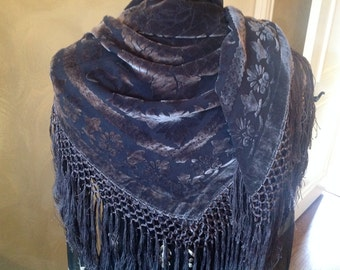 Fringed Silk blend gray, burnout style scarf