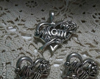 Mother's day vintage pendant and pierced earrings