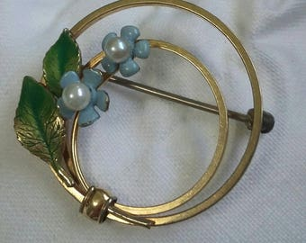Krementz gold pearl enamel blue  flowers  brooch