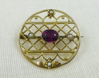 Antique Edwardian Amethyst And Seed Pearl Brooch.  Amethyst. Edwardian. Edwardian Jewellery. Seed Pearls and Amethyst Brooch.