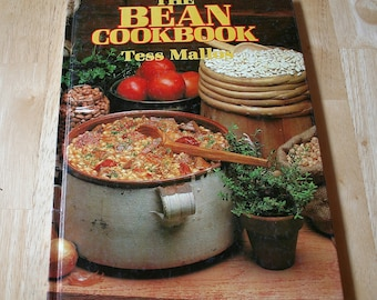 The Bean Cookbook by Tess Mallos--Lansdowne, Sydney, Australia--1984--Shipping Included