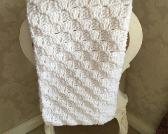 HANDMADE White Chunky Crochet Baby Blanket - GENDER NEUTRAL