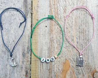 Adjustable charm bracelets