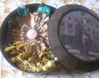 Old vintage box Soviet Union. Jewelry box. retro casket .