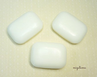 White floral soap (3 pack)