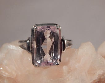 Ladies 6.38 Ct. Cushion Faceted Kunzite Sterling Silver Ring