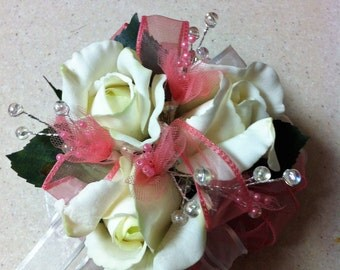 Keepsake Corsages and matching Boutonnieres