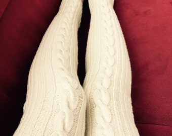 Knitted overknee Legwarmers with braid design