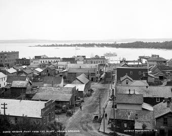 "1890-1901 Harbor Point, Harbor Springs, Michigan Vintage Photograph 13"" x 19"""