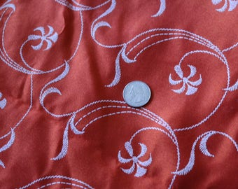 16 Red orange vintage embroidered swirl pattern NICE