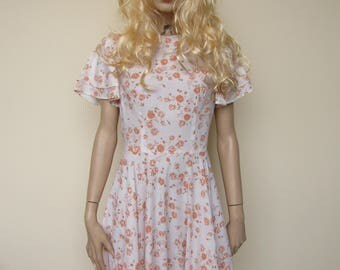 White Prairie Dress with Rose Pattern and Ruffled Hem - Size 12