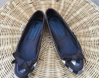 Burberry flats shoes