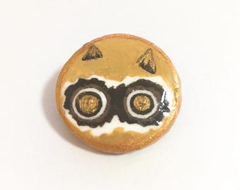 cute/cat/yellow/Brooch / Pin ,Tiny painting, ornament,Polymer clay ,Acrylic paint ,Handpainted