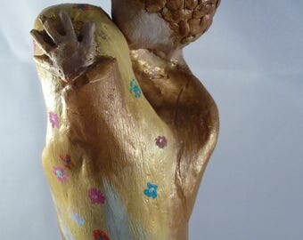 love statue, mixed media art with a touch of klimt. This decorative statue is carved in wood and painted with acryl