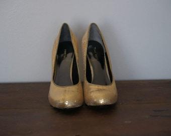 Chunky Nine West Heels, Nine West Gold Heels, Nine West Heels, Chunky Heels,  Accessories, Vintage Heel, Vintage, Vintage Accessories, Retro
