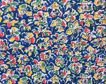 Floral Fabric, 100% Cotton Fabric, Floral Fabric for quilting and sewing - Choose your cut - FREE SHIPPING orders over 35USD!!!