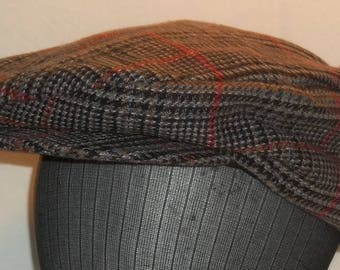 Vintage Newsboy Hat Gatsby Cap Black Red Plaid Tweed Flat Driving Hat T21 A7059