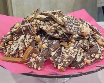 Almond Toffee, Chocolate, Nuts, Sweet n Salty, Cashews, Hand Made, Small Batch, Tasty Treat,
