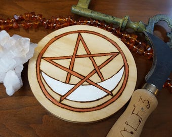 Crescent Moon Wicca Altar Pentacle