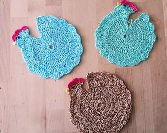"Hand crochet chicken doily 6"" (15 cm) green/blue/brown 100% cotton/crochet doilies/table decorations/place mat/crochet coaster"