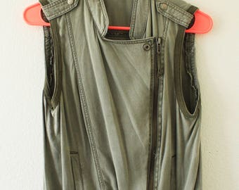Slouchy moto army green vest
