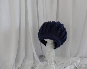 Pageboy dark blue baby hat crochet