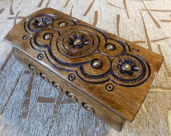Wooden handmade jewelery box for rings earings carved from wood #d103