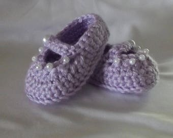 Crochet Baby Shoes/baby booties/mary janes