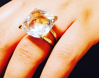 14k Yellow Gold Plated Rock Crystal Ring With Heart reflection