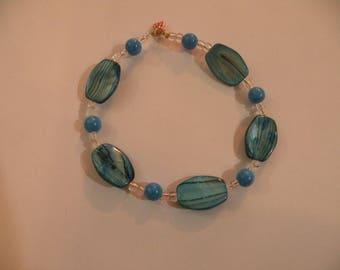 Teal  glass beaded bracelet