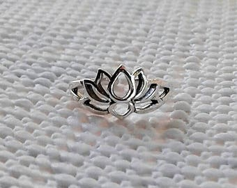 Toe Ring, Lotus Toe Ring, Adjustable Sterling Silver Toe Ring, Lotus Jewelry, Lotus Flower, Hindu Jewelry, Lotus Midi Ring