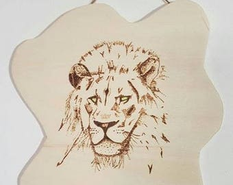 Plywood objects created by hand with pyrograph