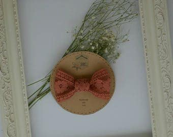 Clip in bow - vintage lace - pink bow - baby bow - toddler bow